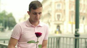 bachelor rose